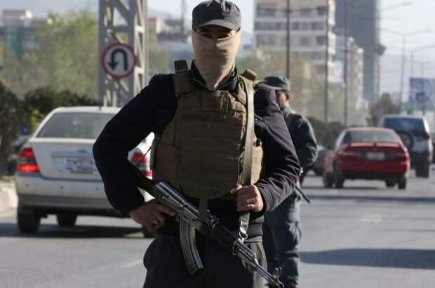СМИ: в Кабуле в результате взрывов у школы погибли как минимум 15 человек
