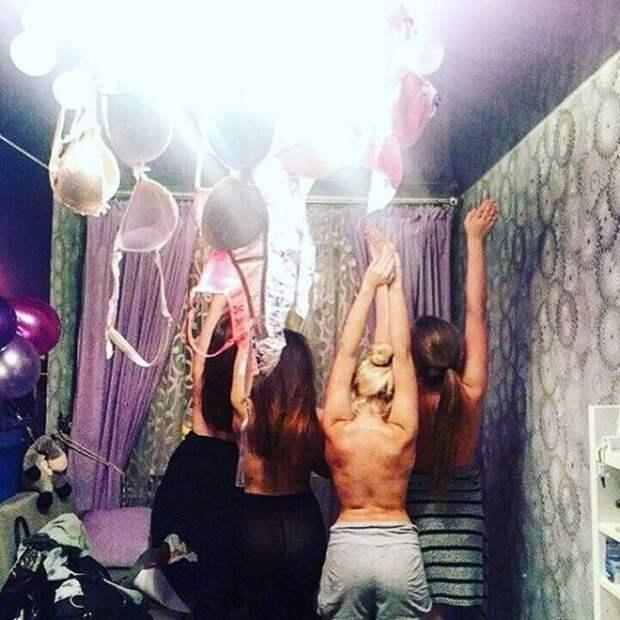 Как проходят типичные женские вечеринки (21 фото)
