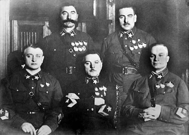 Василий Блюхер: за что Сталин репрессировал первого маршала СССР