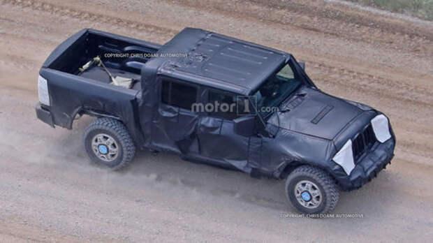 С высоты птичьего полета: пикап Jeep Wrangler наконец «засветился»