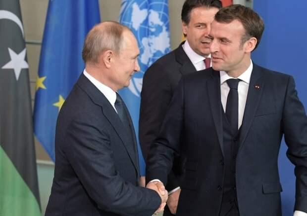 Путин пригласил Макрона в Россию с полноформатным визитом