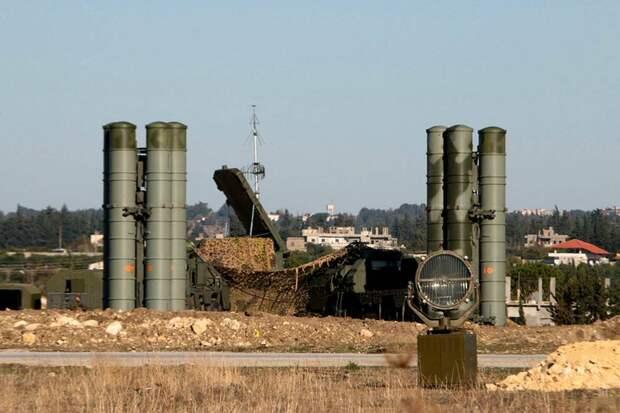 Российские С-400 развернуты на 19 военных базах в Турции