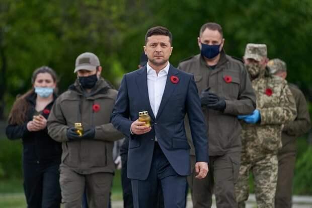 Зеленский собрался установить украинские памятники в Донбассе и Крыму