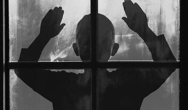 Оставшийся дома один 6-летний ребенок попросил прохожих опомощи вНижнем Тагиле