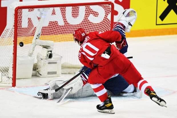 Российские хоккеисты разгромили соперников из Великобритании на ЧМ в Риге