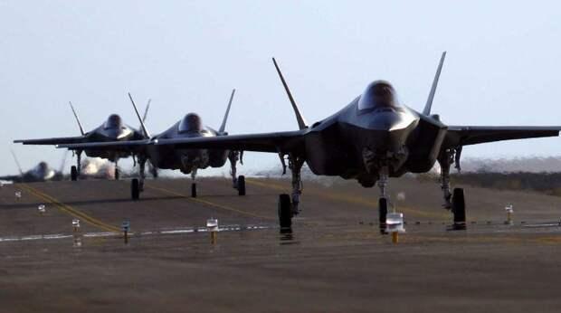 В Америке пригрозили России сотней F-35 на Аляске
