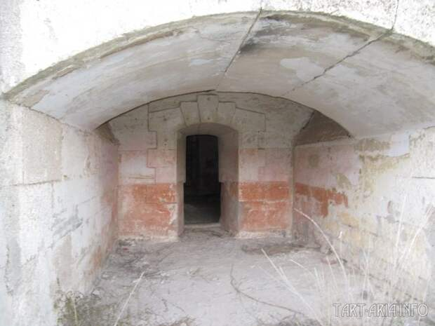 Форт Тотлебен. Закопанный шедевр
