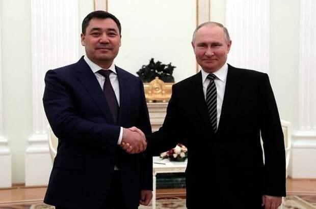 Путин и Жапаров договорились встретиться в мае в Москве