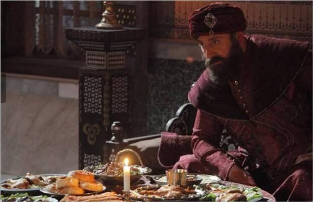 «Великолепный век»: 5 рецептов турецких блюд со стола султана Сулеймана I