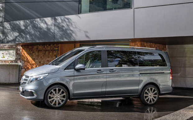 Начался прием заказов на обновленный Mercedes-Benz V-класса