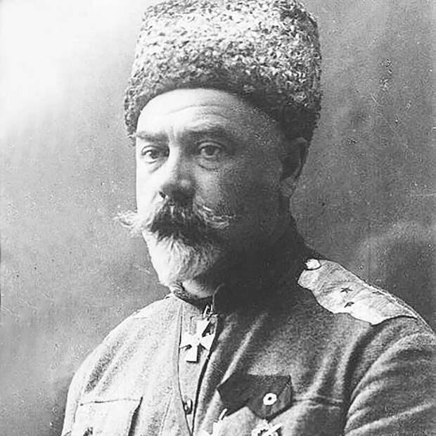 Антибольшевистская позиция Деникина отличалась долей благородства. /Фото: avatars.mds.yandex.net