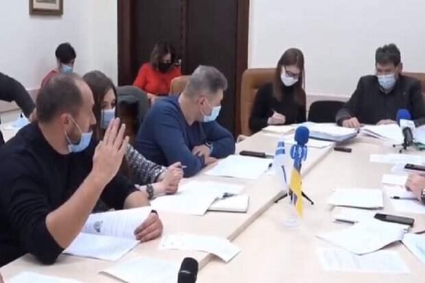 В Николаеве языковой скандал из-за выступления депутата на русском