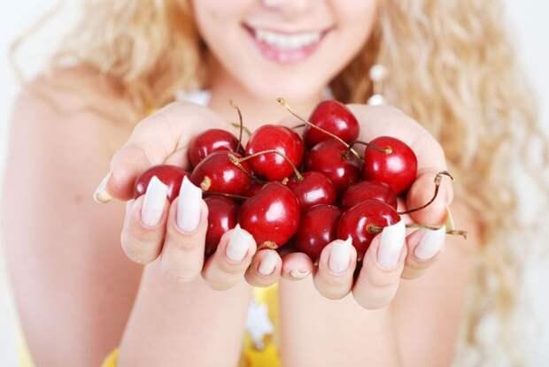 Вишня – источник очень ценных для здоровья веществ.