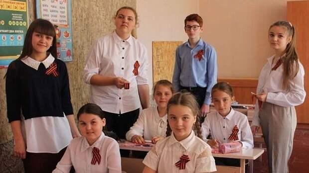Молодёжь Джанкойского района участвует в памятных акциях, приуроченных к 76 - й годовщине Победы в Великой Отечественной войне 1941 - 1945 годов