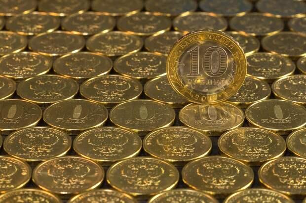 Доллар рублю не товарищ: Российскую экономику спасет опора на собственные силы