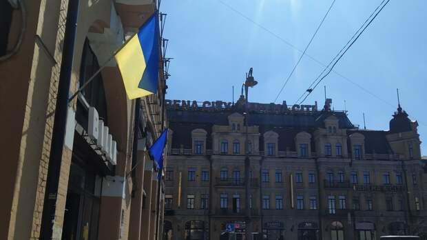 Политолог Ницой высказал свои предположения о причине нищеты украинцев