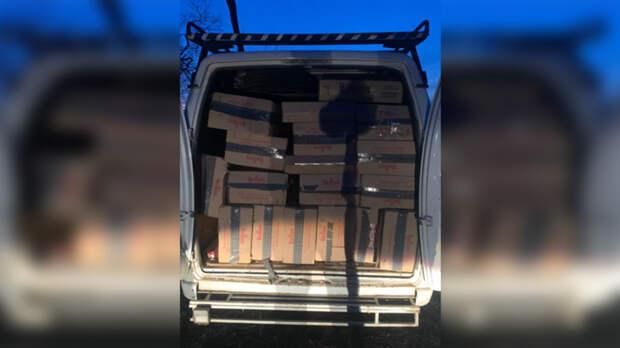 Контрабандистов ссигаретами на3,5млн рублей задержали вРостовской области