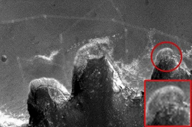 Загадочная буква «F» на Марсе