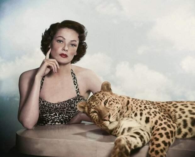 Секс - символ 40-ых Джин Тирни в леопардовых тонах.