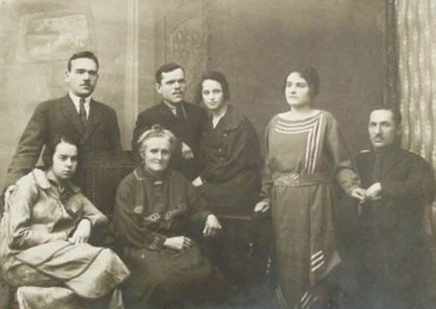130 лет со дня рождения Владимира Михайловича Петлякова
