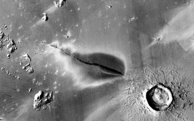 Ученые: на Марсе все еще могут быть активные вулканы