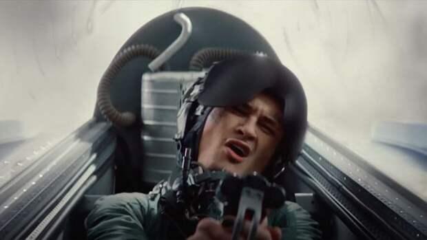 """Скандальный клип Моргенштерна на песню """"Дуло"""" стал рекламой игры War Thunder"""