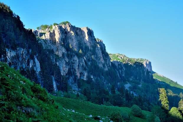 Хребет Каменное море
