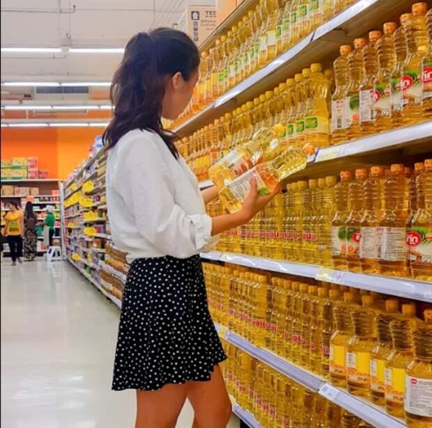Цены на сахар и масло могут временно заморозить, но эксперты сомневаются, что это поможет