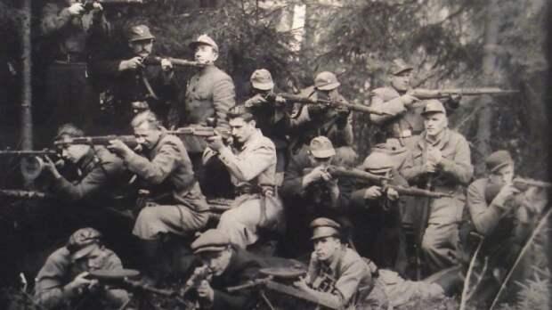 Латвия планирует отмечать «день нацистов» на государственном уровне
