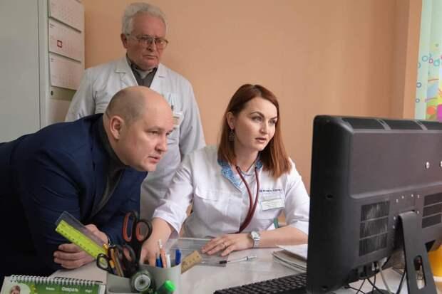 Развожаев сообщил известную ему информацию о второй волне коронавируса