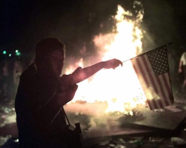 А потом начали поджигать мирными свечами всё вокруг 90-е, Вспомним, Фестиваль, вудсток, музыка, рок, трэш, фото