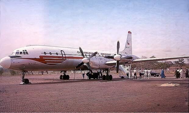 CSA Ilyushin Il-18 Robbins-1.jpg