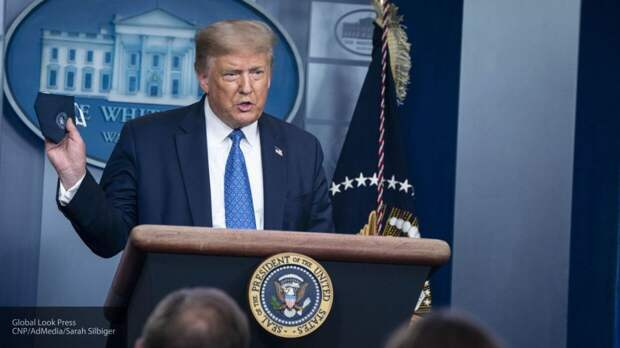 "Трамп озвучил ""мечту"" американцев о президентстве его дочери"