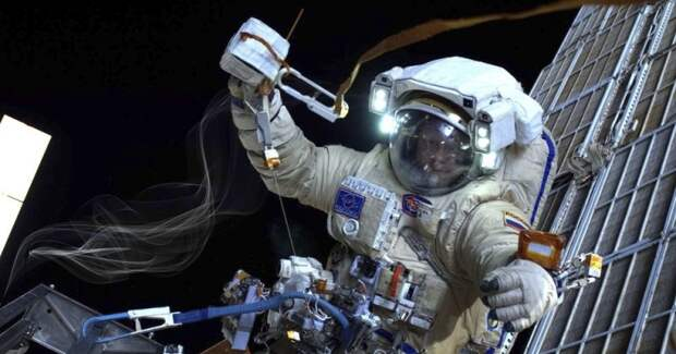 Ученые рассказали, чем пахнет космос