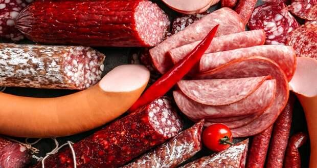 Лучше не есть: специалисты назвали самые вредные из привычных нам блюд
