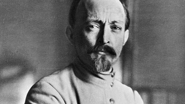Александр Роджерс: Манипуляции в опросе о памятнике Дзержинскому