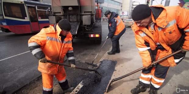 На Есенинском бульваре отремонтировали асфальт — Жилищник