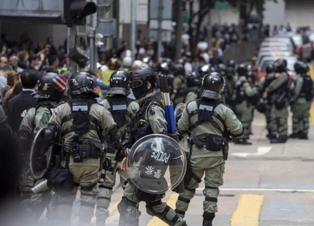 Китай ответил санкциями на закон США о Гонконге