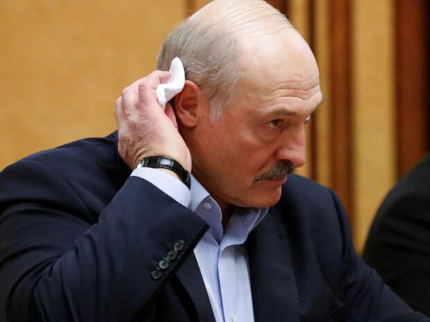 """""""Лечит уже около 15 лет"""": Болкунец впервые рассказал о болезни Лукашенко"""