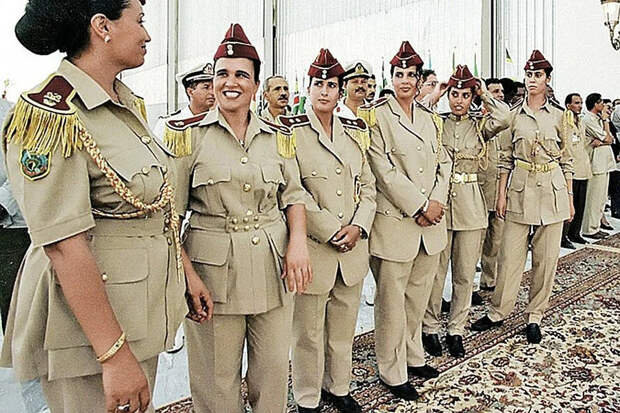 Женский отряд на официальном мероприятии