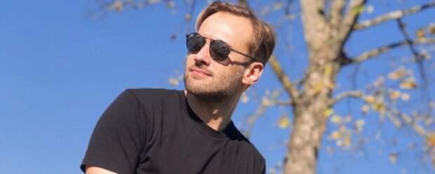 Дмитрия Шепелева раскритиковали из-за поста о 9 Мая