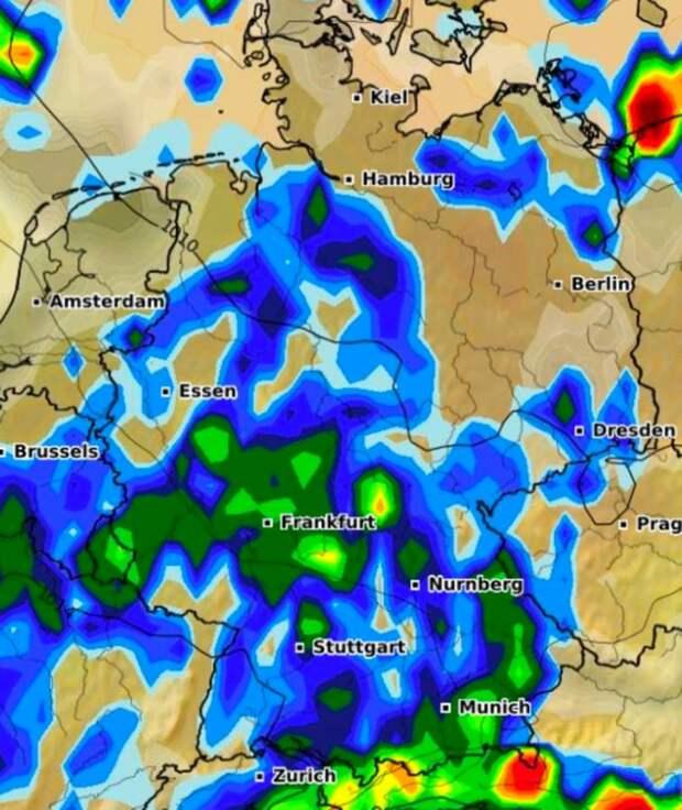 Циклон Бернд движется на юг: в Баварии ожидается наводнение