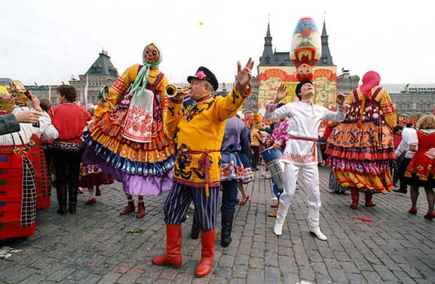 На фото: торжественное открытие праздника, посвященного 840-летию со дня основания Москвы. 1987 год