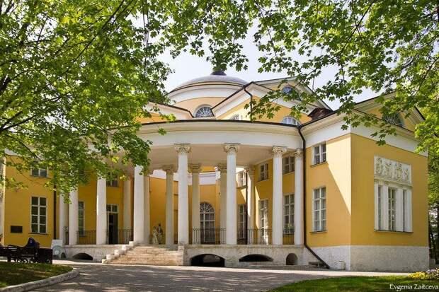 Усадьба помещика Дурасова в Люблино. Русские помещики очень любили античный стиль.