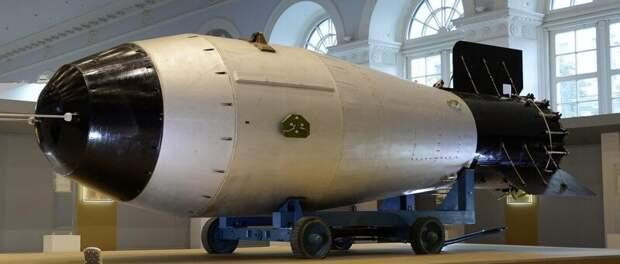 Та самая «Кузькина мать» Хрущёва: уникальные кадры испытания самой мощной в мире ядерной бомбы