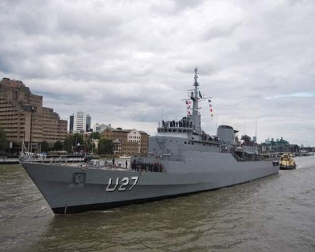 Корабль U-27 «Бразил» ВМС Бразилии прибыл в Санкт-Петербург