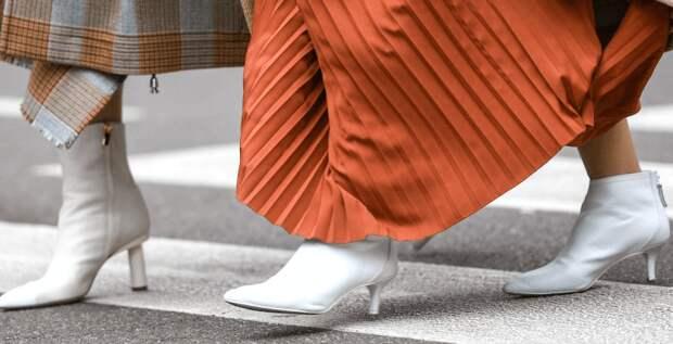 Белые сапоги и ботинки – самая универсальная обувь весны (без шуток!)