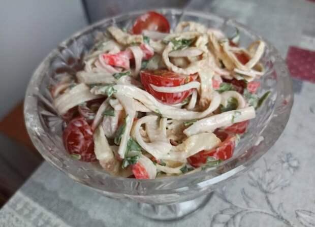 Никто не догадался, что салат из крабовых палочек. Как дорого подать дешевые крабовые палочки