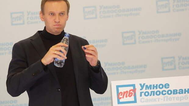 """""""Ловят хайп"""" ради грантов: Горгадзе о попытках сторонников Навального поднять панику из-за коронавируса"""