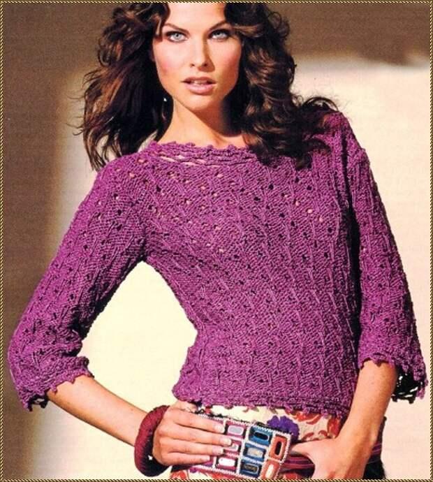 Пуловер с ажурной окантовкой